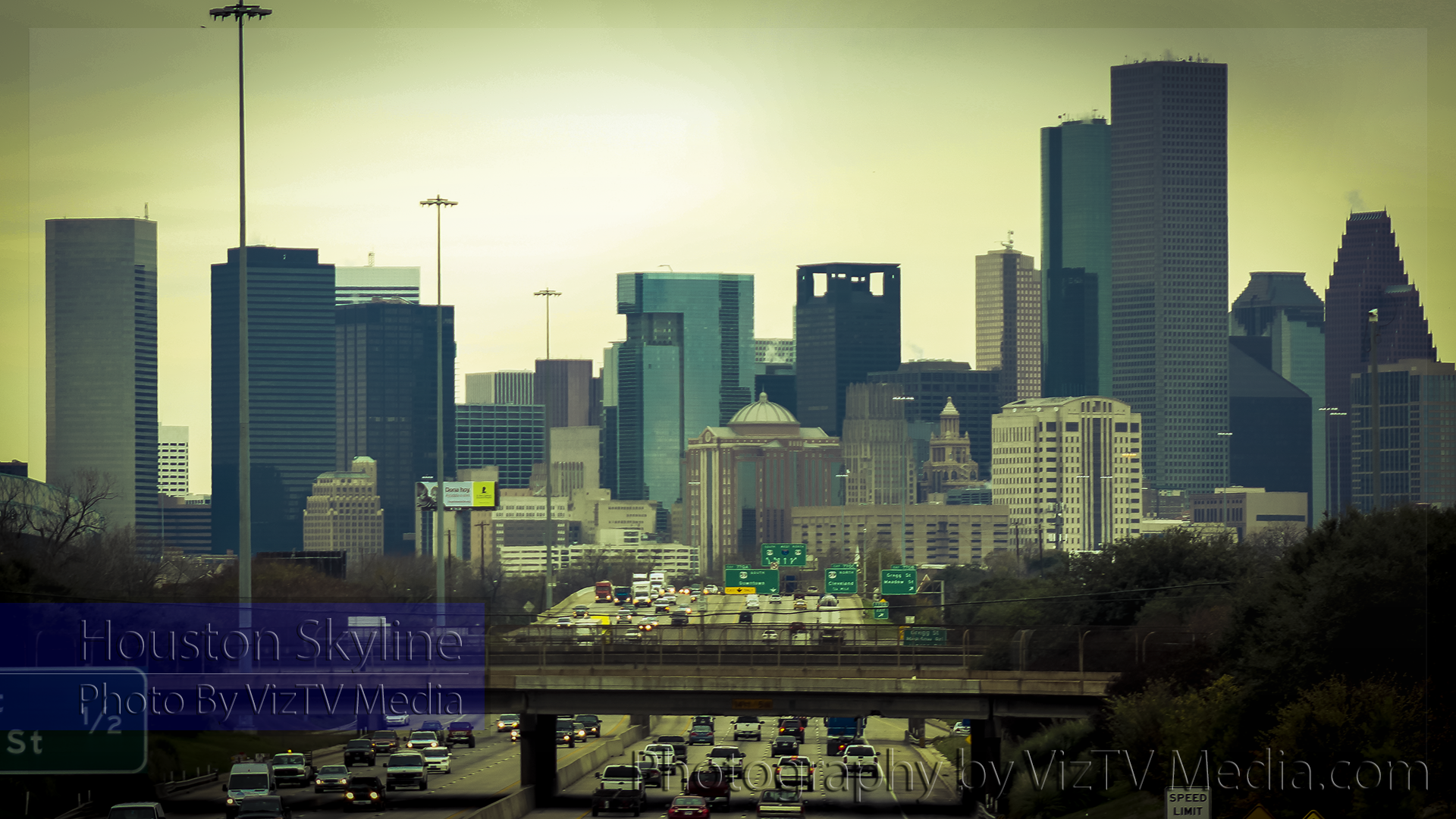 Photo: Houston Skyline - Desktop Background Wallpaper | VizTV